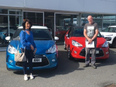 Congrats to Mr & Mrs McKinney on collecting his & hers DS3's