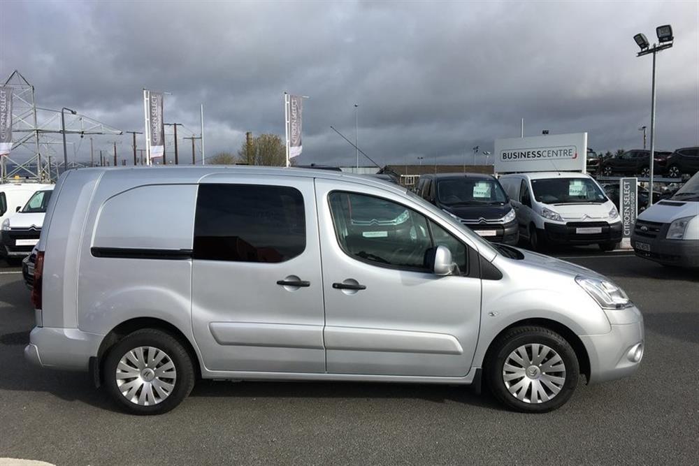 44c3dad6d4 CITROEN New Berlingo Van 1.6 HDi (90) L2 725 X Crew Van for sale at ...
