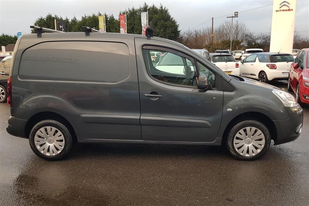 Commercial Van For Sale >> CITROEN New Berlingo Van 1.6 HDi (90) L1 850 Enterprise ...