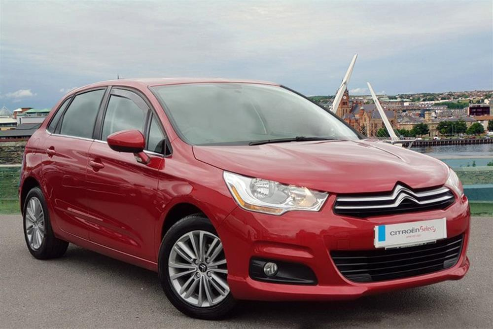 citroen new c4 hatchback 5 door 1 6 hdi 16v vtr plus 90 hp for sale at j c halliday sons. Black Bedroom Furniture Sets. Home Design Ideas