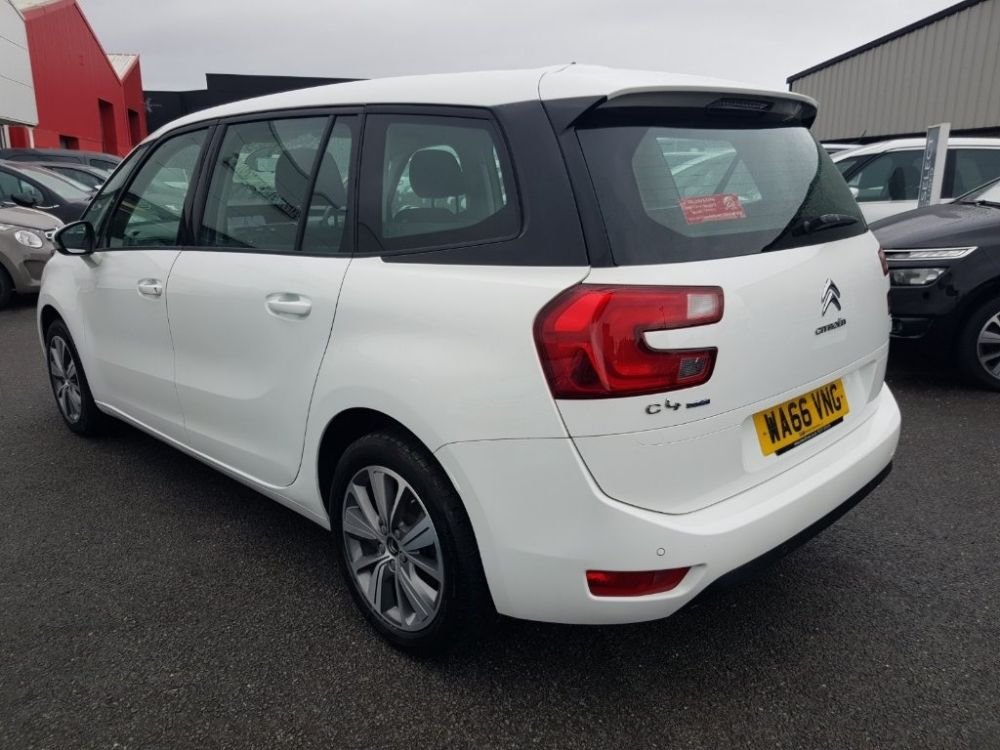Citroen Grand C4 Picasso 1 6 Bluehdi Selection S S 5dr